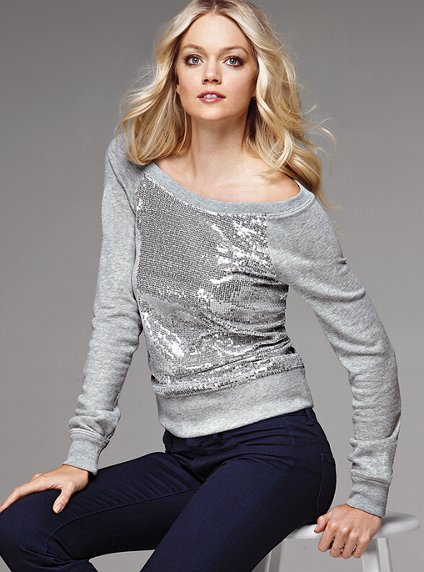The Must-Have Sweatshirt - Victoria&#x27;s Secret
