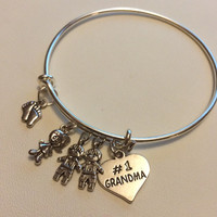 No.1 Grandma & Grandchildren Heart Charm Silvertone Bangle