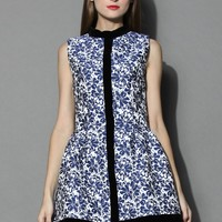 Ceramic Blue Flower Embossed Bud Dress