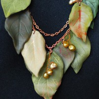 Necklace with leaves multicolored and natural pearls by HoneyCase2