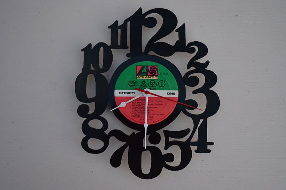 Vinyl Record Clock (artist is Led Zeppelin)