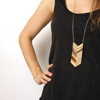 NEW LENGTH COLO Laser cut walnut necklace gold 30 by MijuAndYou