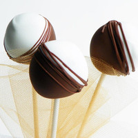 Black & White Cake Pops on Luulla