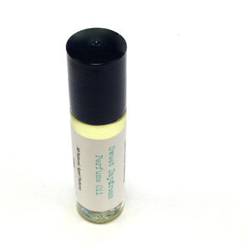 Sweet Daydream Perfume Oil, Natural Perfume, Gift Guides