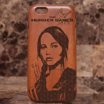 Wooden iPhone 6 case - The Hunger Games case, The hunger games mockingjay - Jennifer Lawrence iphone Natural Wood iPhone 6 Case Engraved