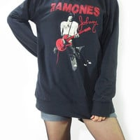 JOHNNY RAMONES Punk Rock Hard Rock Vintage Rock T-Shirt Long Sleeve Shirt Sweater Unisex T-Shirt Women Shirt Men Shirt Music T-Shirt Size L