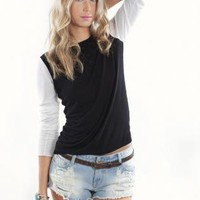 Black and White Crew Neck Knit with Long Sleeves