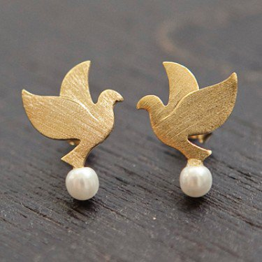 JDC16b : Dove Pearl Studs - Gold - earrings & studs - jewellery