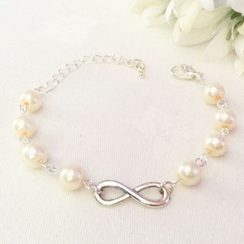 Infinity Bracelet, Pearl Bracelet, Bridesmaid Bracelet, Bridesmaid Jewelry, Bracelet, Cream, Wedding