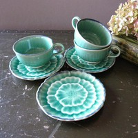 Kotobuki Japanese Tea Cups and Saucer  Green by GallivantingGirls