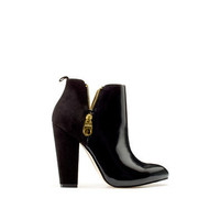 ANKLE BOOT WITH DOUBLE ZIP