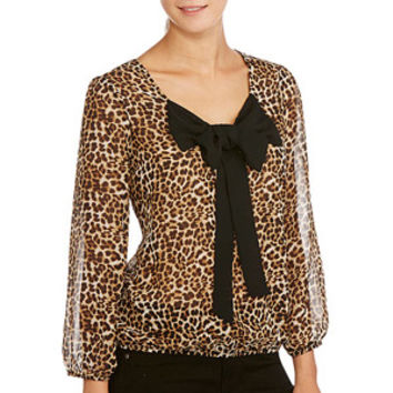 Walmart: No Boundaries Juniors Bow Front Blouse