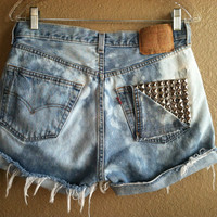 High Waisted Distressed Bleached Studded Pocket Levi&#x27;s Shorts (Large)