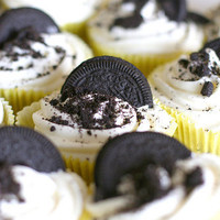 Cookies & Cream Cupcakes - Playing House