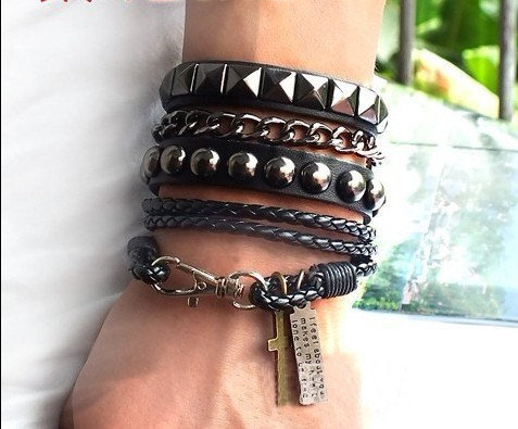 Puck Rock Bracelet Couple Bracelet Chain Bracelet Fashion Bracelet Leather Bracelet Cuff B619