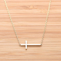 SIDEWAYS CROSS necklace, in gold