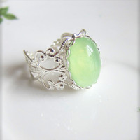 Mint Green Silver Ring Light Green Pale Green Cameo Ring Cabochon Ring Vintage Filigree Silver Ring - SUMMER FIESTA Minty Fresh