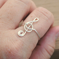 Wire Wrapped Ring Silver Treble Clef