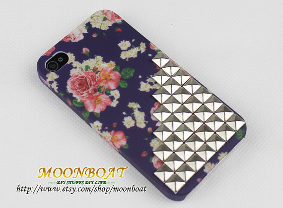 Flower Hard With Antique Silvery Pyramid Stud Case For Apple iPhone 4 ,iPhone 4s,iPhone 4 Hard Case,iPhone Case MB683