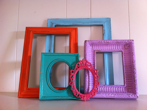 Vintage frame set funky home decor from fefifofun on for Funky home accessories
