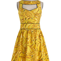 Boldest of the Bunch Dress | Mod Retro Vintage Dresses | ModCloth.com