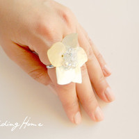 shell ring, bride, bridal accessory, valentine, gift ring, adjustable.wedding, bridal.unigue...spring.. floral, OOAK...2012-
