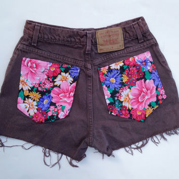 High Waisted Floral Shorts Brown Levi Denim Shorts Size 9/10