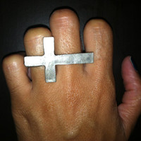 Double Finger Metal Cross Ring