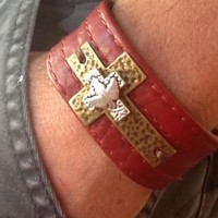 MeN's CRoSS LeaTHeR CuFF/ Red Leather/ Holy Spirit Cross/ CRoSS Bracelet
