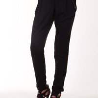 Black Pleated pants @ KiwiLook fashion