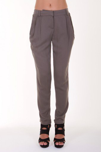 Grey Pleated pants @ KiwiLook fashion
