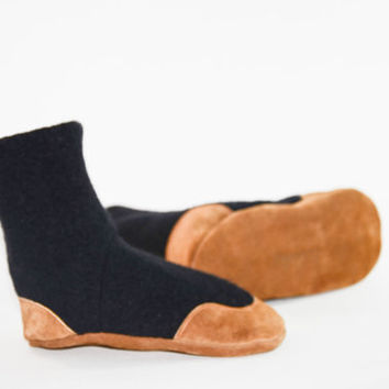 Kids Wool Slipper Socks, Toddler Shoes, Youth Mukluks, Eco Friendly Leather Soles, Sizes: Kids 7.0 - Youth 2.5,  Sandy Night