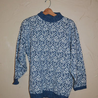 Vintage 80s Sweater Pullover Sweater 90s Grunge Sweater Blue and White Sweater Daisy Floral Print Sweater Oversized Size 18 XL Plus Size