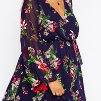 New Look Inspire Floral Print Bell Sleeve Dress