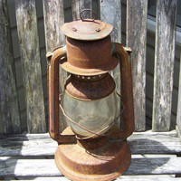 Rustic Antique Green Lantern Paulls Leader No. 2 Fount