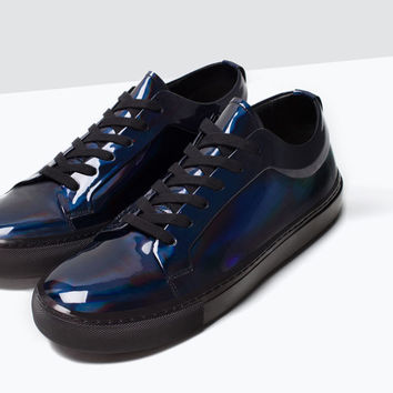 Iridescent rubber shoes