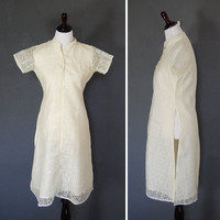 Vintage Tunic Top / Lace Pullover Blouse / 1960&#x27;s / Size Medium