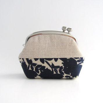 Frame Coin Purse- side lock frame pouch -linen patchwork navy flowers