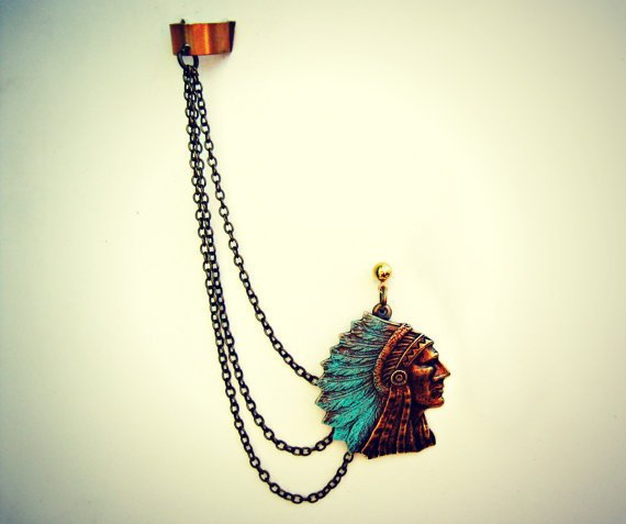 indian chief ear cuff, ear cuff with chains, chains ear cuff, tribal ear cuff, feather ear cuff, native american