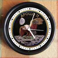 APOLLO 11 PATCH Moon Landing 10 inch Resin Wall Clock Under 25.00   Custom Clocks too- any subject- Contact Me Geekery