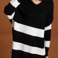 Wide Stripes Batwing Sleeves Over-sized Jumper