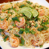 Pink Parsley: Pad Thai