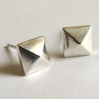 Faceted Sterling Silver Pyramid Earrings - Geometric Pyramid Studs