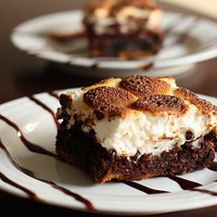 Home Sweet Hopkins: S'mores Brownies