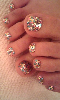 Bohemian / glittery nails. if anyone knows how this was done can you pls fill me in