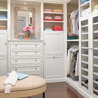 http://i1136.photobucket.com/albums/n496/haleyk7111/dreamhouse-closets3.jpg?t=1311551970