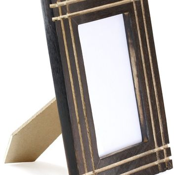 SouvNear Unique Wood Standing Photo Frame for 4x6 Inch, Antique-Look Indian Picture Frame with Grooves