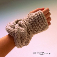 Women&#x27;s fingerless gloves in Linen
