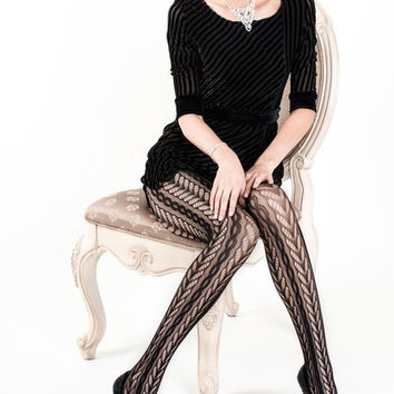 Chain Effect Fishnet Tights