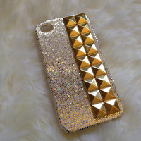 Studded gold pyramid studs with gold glitter iPhone 4/4S case :)